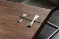 Massieve eettafel MAMMUT ARTWORK 200 cm acacia 6 cm blad met azijnafwerking roestvrij staal