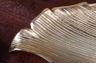 Handgemaakte sierschaal Gold 64 cm goud aluminium in blad design