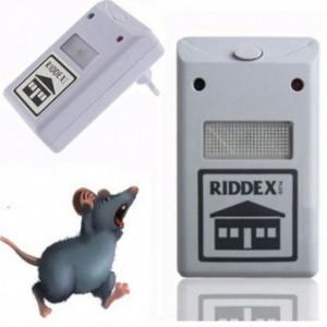 Set doua aparate impotriva daunatorilor - Pest Repeller