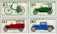Berlin ber 660#663  1982 Historische auto's  Postfris