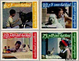 Nederlandse Antillen NA 400#403  1968 Kind en dier  cent  Postfris