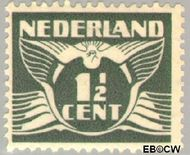 Nederland NL 172  1935 Vliegende Duif 1½ cent  Gestempeld