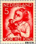 Nederland NL 271  1934 Kind met pop 5+3 cent  Gestempeld