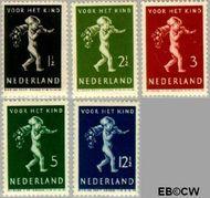 Nederland NL 327#331  1939 Kind met hoorn des overvloeds   cent  Postfris