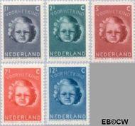 Nederland NL 444#448  1945 Kinderkopje   cent  Gestempeld