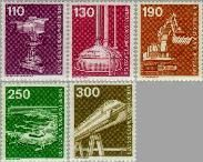 Berlin ber 668#672  1982 Industrie en techniek  Postfris