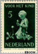 Nederland NL 377  1940 Kind met bloemen 5+3 cent  Postfris
