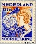 Nederland NL 251  1932 Kinderen en bloemen 12½+3½ cent  Gestempeld