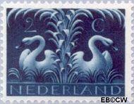 Nederland NL 407  1943 Germaanse symbolen 2 cent  Gestempeld