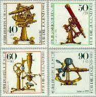 Berlin ber 641#644  1981 Optische instrumenten  Postfris