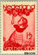 Nederland NL 279  1935 Appelplukkend meisje 1½+1½ cent  Postfris
