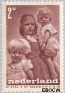 Nederland NL 495  1947 Levensstadia kind 2+2 cent  Postfris