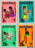 Nederlandse Antillen NA 430#433  1970 Activiteiten kinderen  cent  Gestempeld