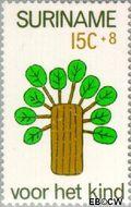 Suriname SU 608  1973 Kinderwereld 15+8 cent  Gestempeld