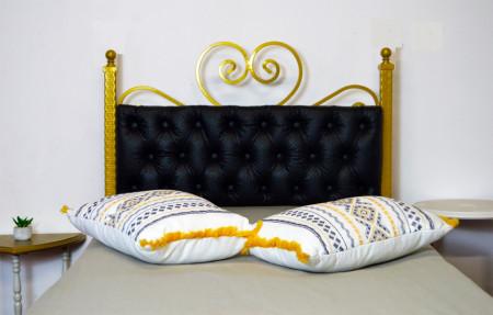 Pat matrimonial cu tapiterie Chesterfield piele eco 140x200cm, Golden Black