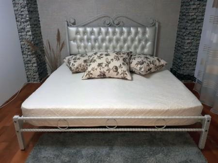 Pat matrimonial Charme, fier forjat cu tapiterie piele ecologica 180 x 200 cm