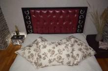 Pat matrimonial Bourbon, tapiterie piele ecologica 140x200 cm