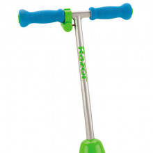 RAZOR Lil Es Electric Scooter Seated - Blue