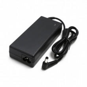 Punjac za laptop Toshiba 19V-4.74A(5.5x2.5)ugao 90