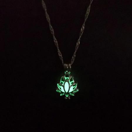 Lantisor Dama luminos Lotus - verde COL156-V2