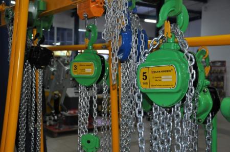 Poze Palan manual cu lant 1.5 tone, lungime: 3 metri
