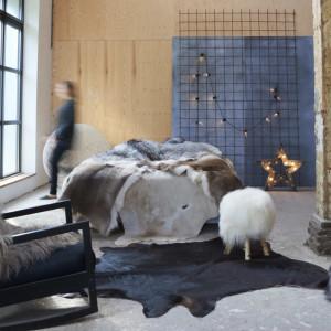 Covor din piele de vaca naturala, negru, 150 x 170 cm - V284341V