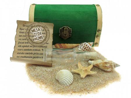 Cadou pentru Onomastica personalizat mesaj in sticla in cufar mediu verde