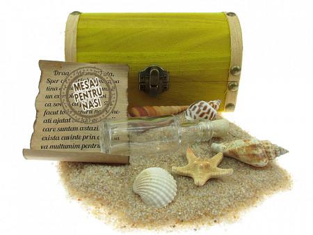 Cadou pentru Nasi personalizat mesaj in sticla in cufar mediu galben