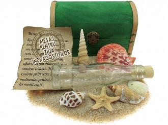 Cadou pentru Ziua Indragostitilor personalizat mesaj in sticla in cufar mare verde