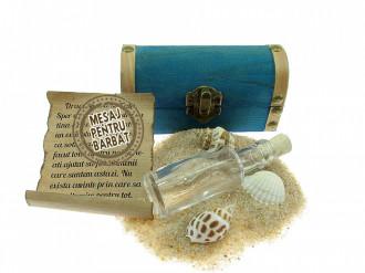 Cadou Barbati personalizat mesaj in sticla in cufar mic albastru