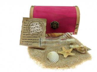 Cadou Majorat personalizat mesaj in sticla in cufar mediu roz