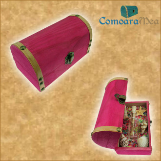 Cadou pentru Craciun personalizat mesaj in sticla in cufar mediu roz