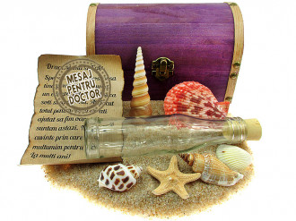 Cadou pentru Doctor personalizat mesaj in sticla in cufar mare mov