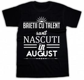 Baietii cu talent sunt nascuti in August *LICHIDARE STOC*