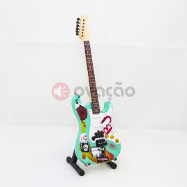 Imagens Mini-Guitarra Fender Stratocaster - Billy Joe Armstrong - Green Day