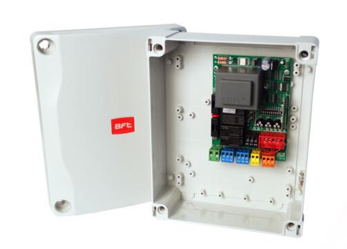 BFT ALCOR AC A Unidade de controlo com recetor a bordo - Sem display - bloco terminal padrão