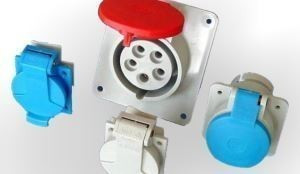 JSL - Tomada Industrial de encastrar em painel 32A 3P+N+T(E) IP44