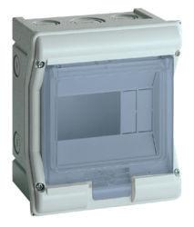 02 - VE106F - 3250616452060 vector estanque IP55 1 fila 4/6M HAGER