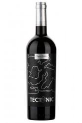 Tectonic Feteasca Neagra