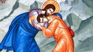 De câte ori cazi, scoală-te şi du-ţi Crucea mai departe cu ochii la Hristos!