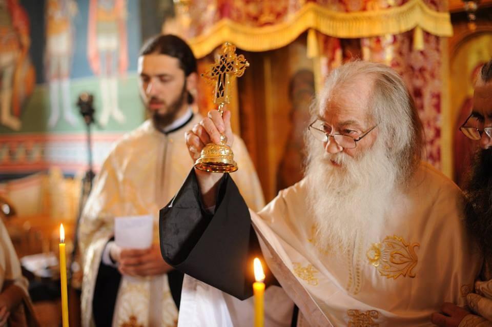 Părintele Justin Pârvu: Omul are mereu nevoie de sfat, de consultare, are nevoie de îndrumare. Nu se mântuiește singur