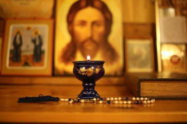 Cum să nu trăim rugăciunea ca pe o obligație de rutină?