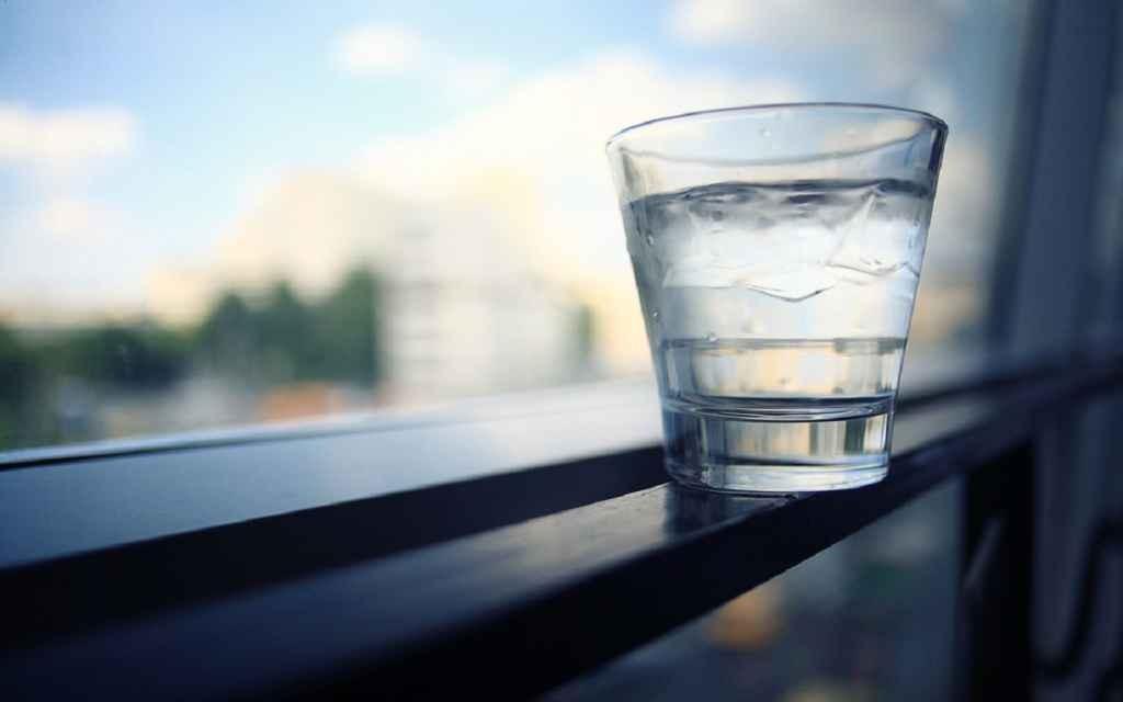 """""""Cine va da de băut aproapelui fie și un pahar de apă nu își va pierde plata sa."""""""