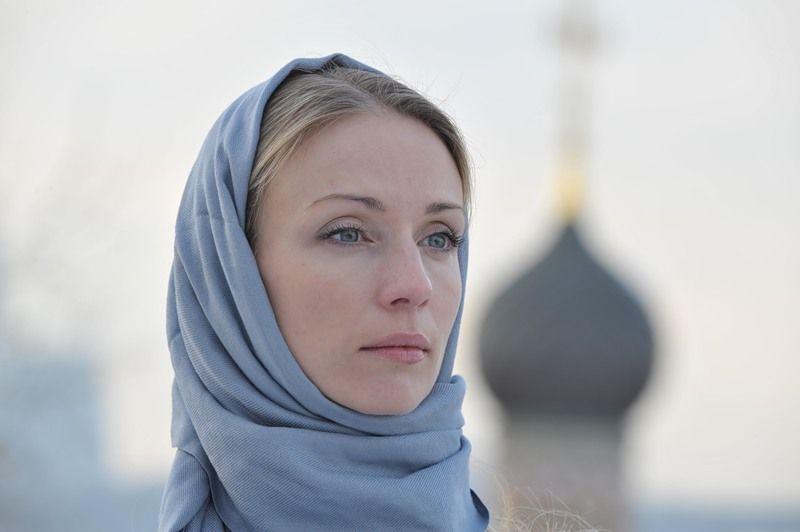 Despre purtarea baticului la femeile ortodoxe