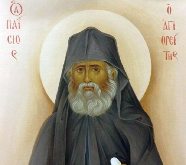 """Sfântul Paisie Aghioritul: """"Viața de astăzi, cu necontenita e alergatură, este un iad"""""""