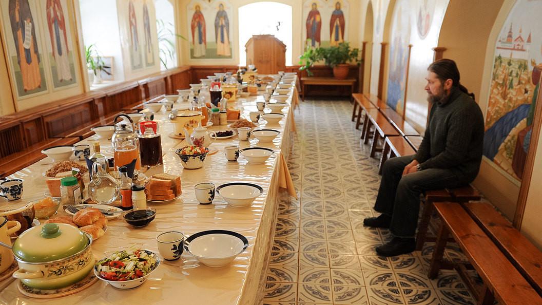 Numai cu rugăciune, mâncarea de post ne dă putere