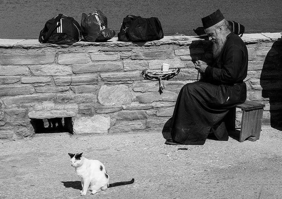 Unde e stres și deznădejde, acolo e o viață duhovnicească povățuită de aghiuță