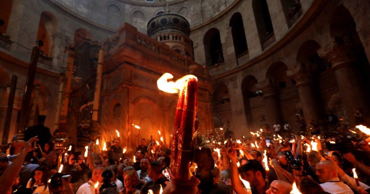 Ierusalim: Ceremonia pogorârii Sfintei Lumini va avea loc și în acest an