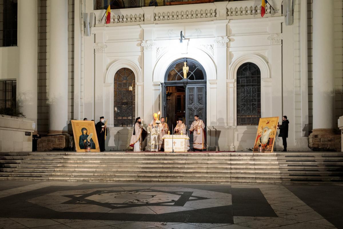 Autodenunț: La Catedrala Mitropolitană din Iași, la slujba Învierii au fost credincioși!