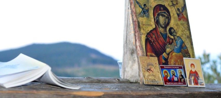 Găsiţi pricini pentru a fi cu Dumnezeu!